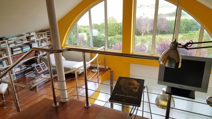 Vista librería y ventanal